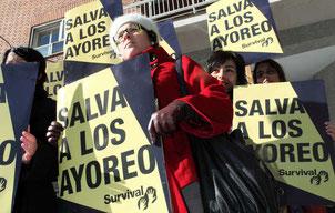 Manifestantes pedirán a Grupo San José que salve a los ayoreos en la antesala de su Junta General de Accionistas. © I. Luis/Survival