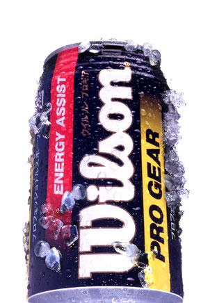 冷えている感じを出すためにダミーの氷りと実際の氷を使用する