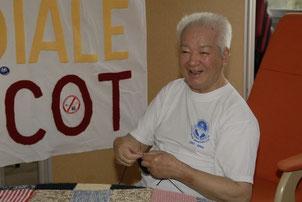 Tonton Joseph à la journée Mondiale du Tricot 2009