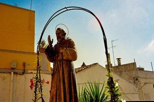 Gedenk-Brunnen an Pater Pio