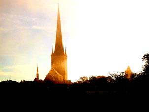 Olaikirche - von der Abendsonne umschmeichelt