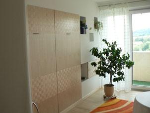 Bild: Schlafzimmer mit Klappbett