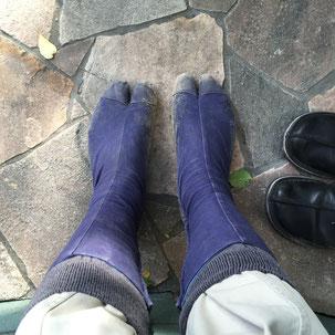 両足履きました!!足袋をはくと心が引き締まります!!