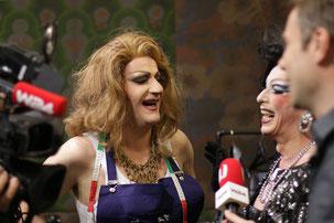 Marah Gheddon und Ornella De Bakel beim W24 Interview