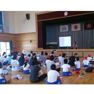 小学校親子ヨガ教室