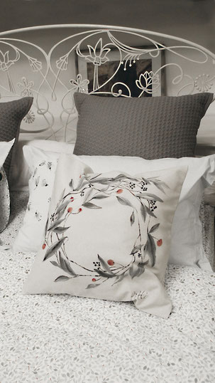 #pittiart, #pitextile, @anna_pitti_textileart, #hand painted cushions, #art pillowcases