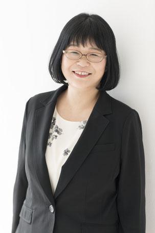 代表  練馬区の女性行政書士 鈴木正子
