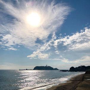 鎌倉高校前から見える江ノ島