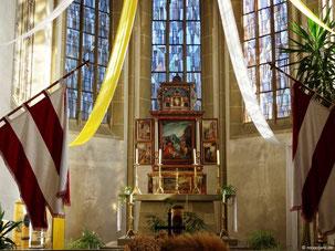 Riemenschneider Altar, Maria im Sand