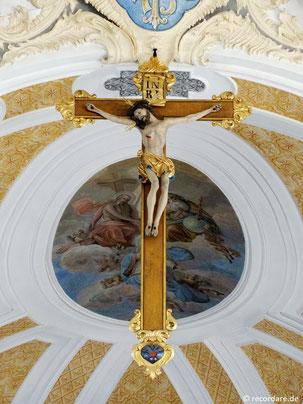 Barockes Chorkreuz
