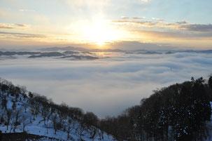 布佐自治会 石蔵山からの初日の出