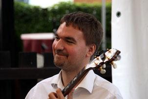 Thomas Scherrer-banjo/guit