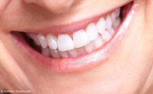 Wie werden Zähne wieder schön und weiß? Klicken Sie hier und Sie bekommen die Antworten!