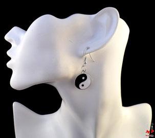 Boucles d'oreilles pendantes yin yang