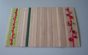 Tischset gerollt aus Bambusstreiben