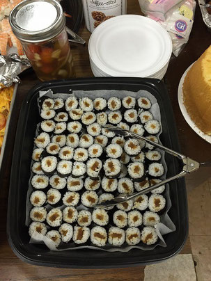 Shrimp Sushi and Narazuke rolls....I made these very fast!  That's why they are not beautiful (excuse!).