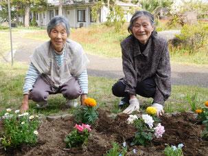 植えた花たちと記念撮影