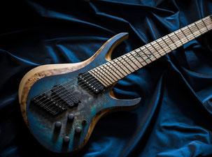 Skervesen, personnalisation de guitares et basses