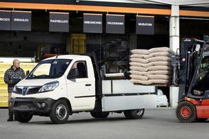 Piaggio Porter NP6 Pick-up Garage Stocker Muttenz