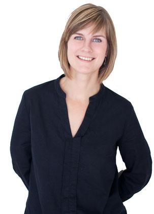 Gaële Gagné - English to French Marketing Translator