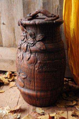 изготовление больших цветочных глиняных горшков