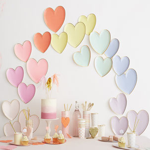 DECORATION ANNIVERSAIRE FILLE BISOU MATHILDE CABANAS, COEURS- HEARTS GIRL PARTY DECORATION