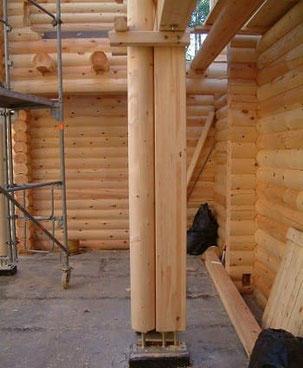 Blockhausbau - Baustelle - Blockhaus bauen: Aufwendiges Blockbohlenhaus als Wohnhaus - Bausatz - Blockhaus bauen