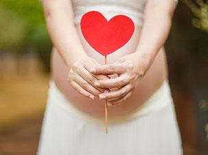 Masaż w ciąży, rehabilitacja po porodzie, rehabilitacja nietrzymania moczu, trening dna miednicy, ćwiczenia po porodzie.