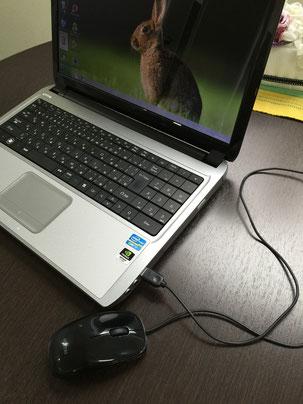 慣れた自分のノートパソコンを持ち込めるスクール 画像