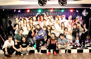 ライブイベントに出演した中高生メンバー(提供写真)