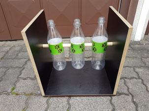 Flaschenschaukel mit drei PET Flaschen