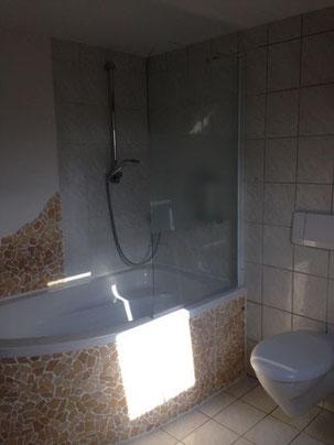 Dusche weg und Wanne rein