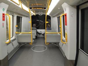 Ohne Fahrer: Blick in einen neuen Waggon der neuen Metrolinie M3 Cityringen in Kopenhagen. Foto: C. Schumann, 2019