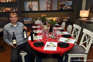 Jan Kreutz vor einem Weinseminar in Düsseldorf