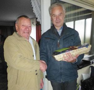 Bernhard gratuliert Bernhard. Alles Gute zum 80sten.