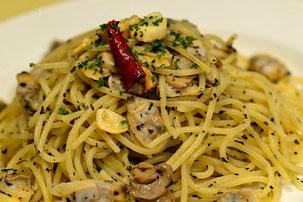 バジルとアサリのスパゲッティ