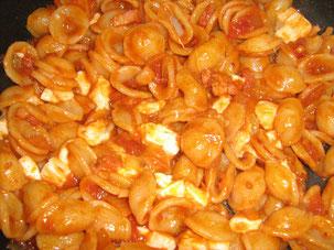 Orecchietta mit Mozzarella