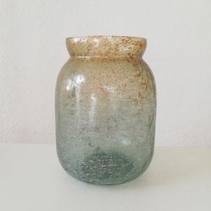 Vase aus Glas in grün gold als Dekoration für Hochzeit