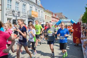 Start der 5 und 10km beim Jubiläumslauf 2016