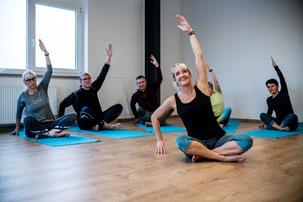 Yogakurse in der Tanzschule Alex