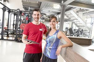 Der Bedarf an qualifiziertem Personal ist in der Fitnessbranche hoch: Dank breit gefächerter Kompetenzen sollen die Kunden optimal beraten werden.  Foto: djd/BSA Akademie