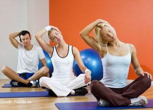 Die Dehnung der seitlichen Nackenmuskulatur. So geht die Grundübung.