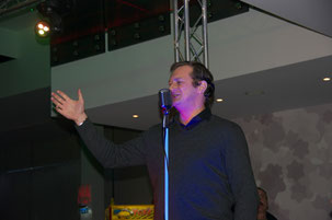 Grégory Hauff chante