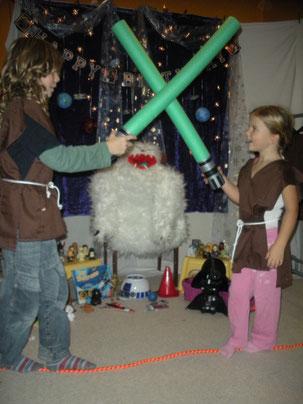 Jünglinge mit Lichtschwertern