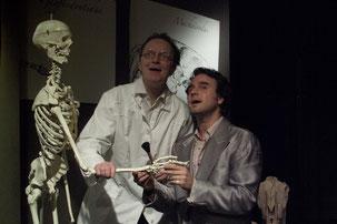 Prof. Kuckuck  (mit Gregor Schober re.)