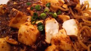 麻婆豆腐たっぷりの焼きそば