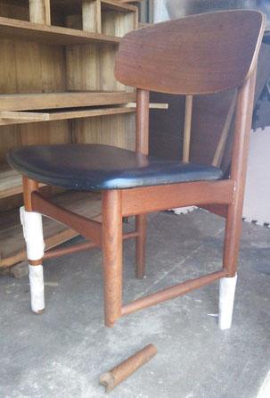 椅子の脚折れ