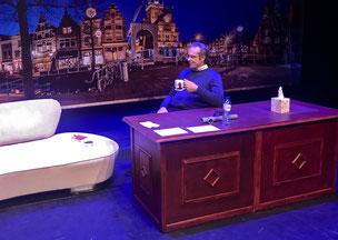 De Blij trainen en acteren - Talkshowdesk demontabel
