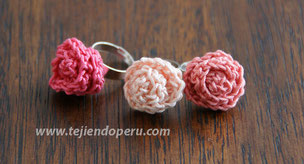 Cómo tejer anillos con rosas tejidas a crochet