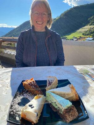 Theresia im Torten-Glück